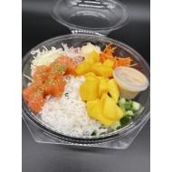 Poke bowl met zalm wasabi mayonaise en rijst